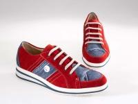 <h5>Sneaker</h5><p></p>